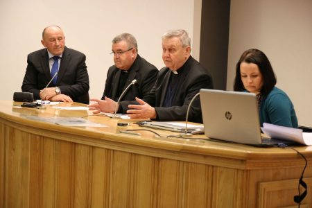 Ravnateljica i odgojiteljice u vjeri našeg vrtića u Varaždinu održale predavanje o odgoju u vjeri