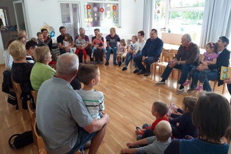 Druženje s bakama i djedovima